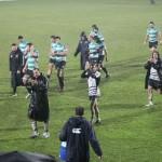Il saluto dei giocatori nel dopo partita. Foto SPQeR.