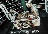 Khalid nel ring esagonale a Milano. Foto di Marco Salami.