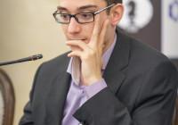 Fabiano Caruana in sala analisi. Foto dal sito ufficiale.