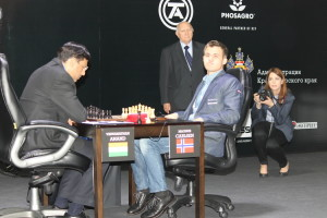 Carlsen-Anand2