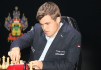 Carlsen-Anand7