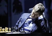 Carlsen appariva abbastanza provato durante la partita.
