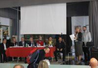 Gli otto relatori a inizio conferenza.