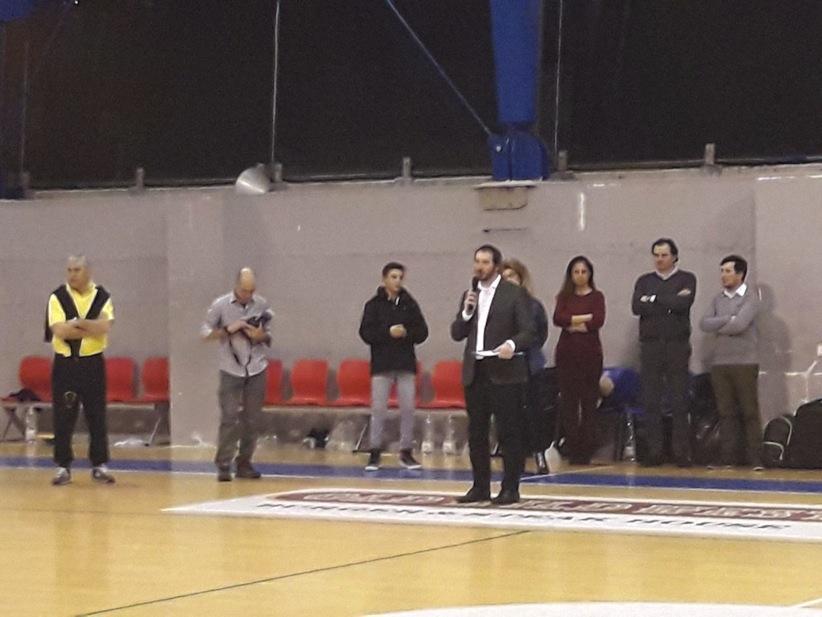 Da sinistra: Stefano Barbieri, fotografo de La Provincia Pavese, Federico Pierin, Volfango Rizzi, Alida Battistella, Lara Bressani, Enrico Frattini e Giampaolo Monastero.